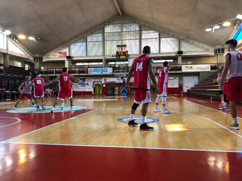 https://www.basketmarche.it/immagini_articoli/20-09-2021/rinascita-basket-rimini-passa-campo-andrea-costa-imola-amichevole-600.jpg