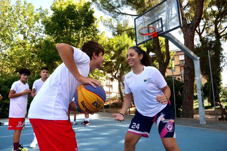 https://www.basketmarche.it/immagini_articoli/20-09-2021/sport-inclusione-domani-bari-meeting-internazionale-progetto-europeo-sportin-600.jpg