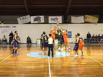 https://www.basketmarche.it/immagini_articoli/20-10-2017/d-regionale-anticipi-del-venerdì-vittorie-per-aesis-jesi-tolentino-e-brown-sugar-fabriano-270.jpg