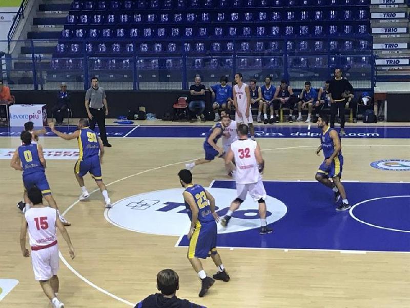 https://www.basketmarche.it/immagini_articoli/20-10-2018/airino-basket-termoli-espugna-porto-giorgio-resta-imbattuto-600.jpg