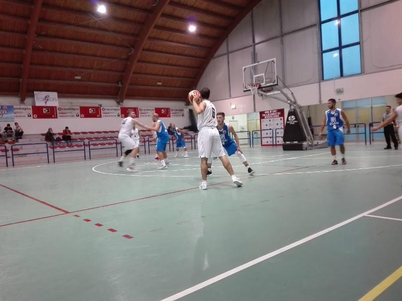 https://www.basketmarche.it/immagini_articoli/20-10-2018/regionale-live-girone-risultati-seconda-giornata-tempo-reale-600.jpg