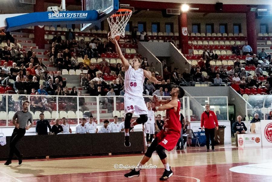 https://www.basketmarche.it/immagini_articoli/20-10-2018/teramo-basket-pronto-trasferta-campo-pallacanestro-senigallia-600.jpg