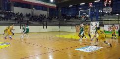 https://www.basketmarche.it/immagini_articoli/20-10-2019/arriva-umbertide-prima-vittoria-stagionale-stamura-ancona-120.jpg