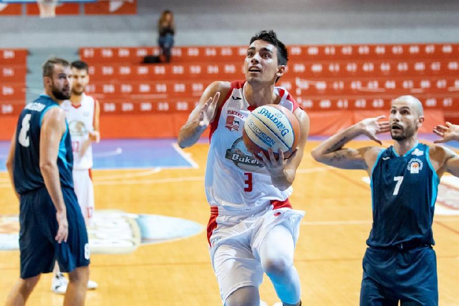 https://www.basketmarche.it/immagini_articoli/20-10-2019/bakery-piacenza-conquista-terza-vittoria-consecutiva-porto-sant-elpidio-basket-600.jpg