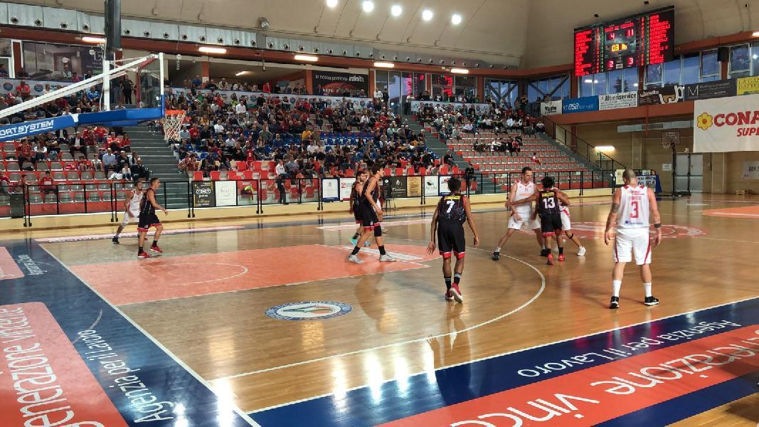 https://www.basketmarche.it/immagini_articoli/20-10-2019/vasto-basket-regola-perugia-basket-ottimo-secondo-tempo-600.jpg