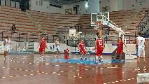 https://www.basketmarche.it/immagini_articoli/20-10-2021/eccellenza-lucky-wind-foligno-vince-volata-derby-pontevecchio-basket-120.jpg