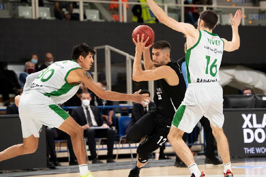 https://www.basketmarche.it/immagini_articoli/20-10-2021/eurocup-esordio-dimenticare-aquila-basket-trento-joventut-badalona-600.jpg