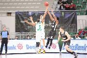 https://www.basketmarche.it/immagini_articoli/20-10-2021/eurocup-esordio-positivo-virtus-bologna-espugna-bursa-uomini-doppia-cifra-120.jpg