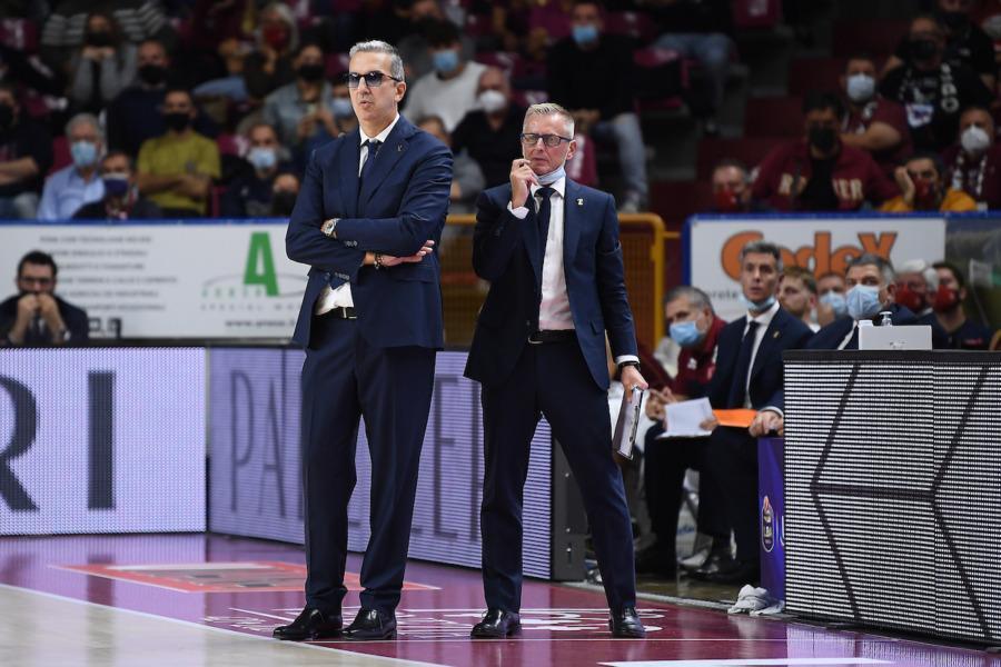 https://www.basketmarche.it/immagini_articoli/20-10-2021/reyer-venezia-gianluca-tucci-esordio-eurocup-delicato-sappiamo-sacrificarci-molto-600.jpg