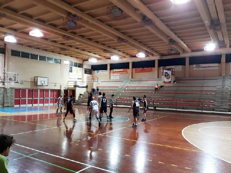 https://www.basketmarche.it/immagini_articoli/20-11-2018/marotta-basket-supera-rimaneggiato-pergola-basket-600.jpg