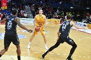 https://www.basketmarche.it/immagini_articoli/20-11-2019/pesaro-aggiornamento-sulle-condizioni-fisiche-clint-chapman-120.jpg