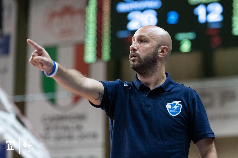 https://www.basketmarche.it/immagini_articoli/20-11-2020/fabriano-coach-pansa-difficile-fare-pronostici-questa-stagione-favorite-decider-covid-600.jpg