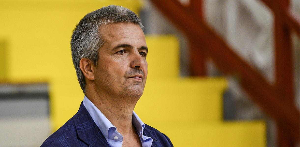 https://www.basketmarche.it/immagini_articoli/20-11-2020/napoli-basket-presidente-grassi-finalmente-parte-nostro-progetto-molto-ambizioso-600.jpg