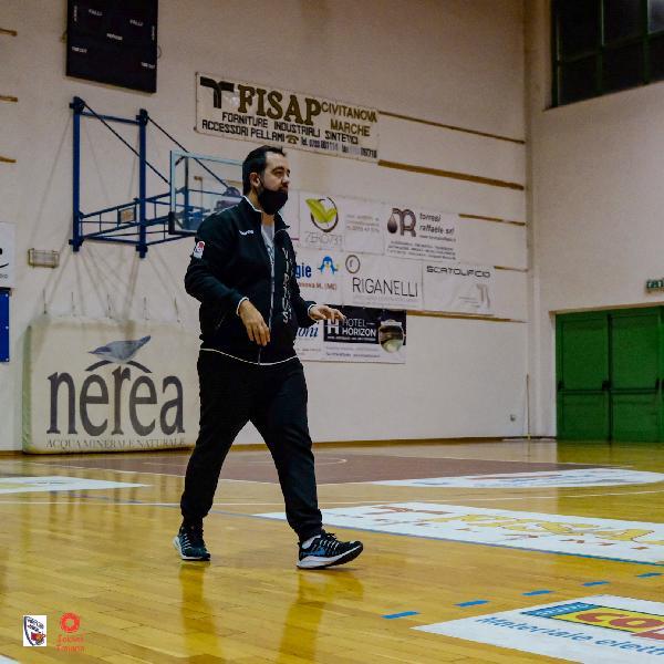 https://www.basketmarche.it/immagini_articoli/20-11-2020/virtus-civitanova-coach-mazzalupi-campionato-tranquillo-inizio-salita-600.jpg
