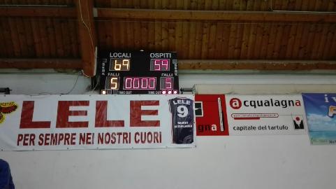 https://www.basketmarche.it/immagini_articoli/21-01-2018/d-regionale-la-pallacanestro-acqualagna-fa-sua-la-vittoria-contro-il-basket-fanum-270.jpg
