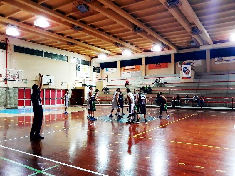 https://www.basketmarche.it/immagini_articoli/21-01-2019/recap-turno-marotta-imbattuto-bene-basket-pupazzi-lupo-600.jpg