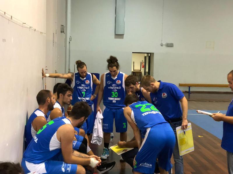 https://www.basketmarche.it/immagini_articoli/21-01-2020/wispone-taurus-jesi-coach-filippetti-vittoria-molto-importante-gara-hanno-dato-loro-contributo-600.jpg
