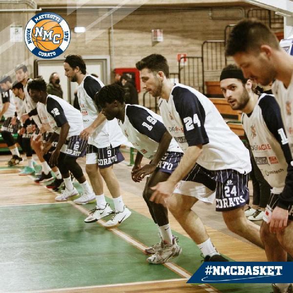 https://www.basketmarche.it/immagini_articoli/21-03-2021/matteotti-corato-punta-fermare-corsa-adria-pallacanestro-bari-600.jpg