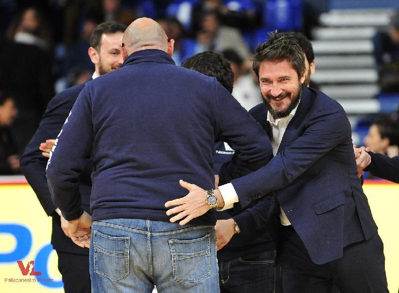 https://www.basketmarche.it/immagini_articoli/21-04-2019/dinamo-sassari-coach-pozzecco-siamo-contenti-vinto-pesaro-lottato-fino-fine-600.jpg