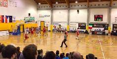 https://www.basketmarche.it/immagini_articoli/21-05-2019/interregionale-overtime-fatale-vuelle-pesaro-venezia-finali-bassano-spareggi-120.png