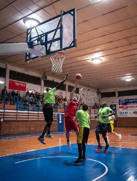 https://www.basketmarche.it/immagini_articoli/21-05-2019/prima-divisione-finals-basket-jesi-conquista-adriatico-ancona-600.jpg