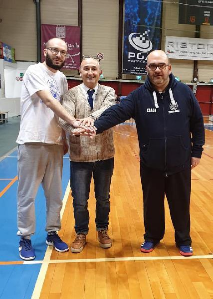 https://www.basketmarche.it/immagini_articoli/21-05-2019/thunder-matelica-dimettono-allenatori-andrea-porcarelli-michele-costantini-600.jpg