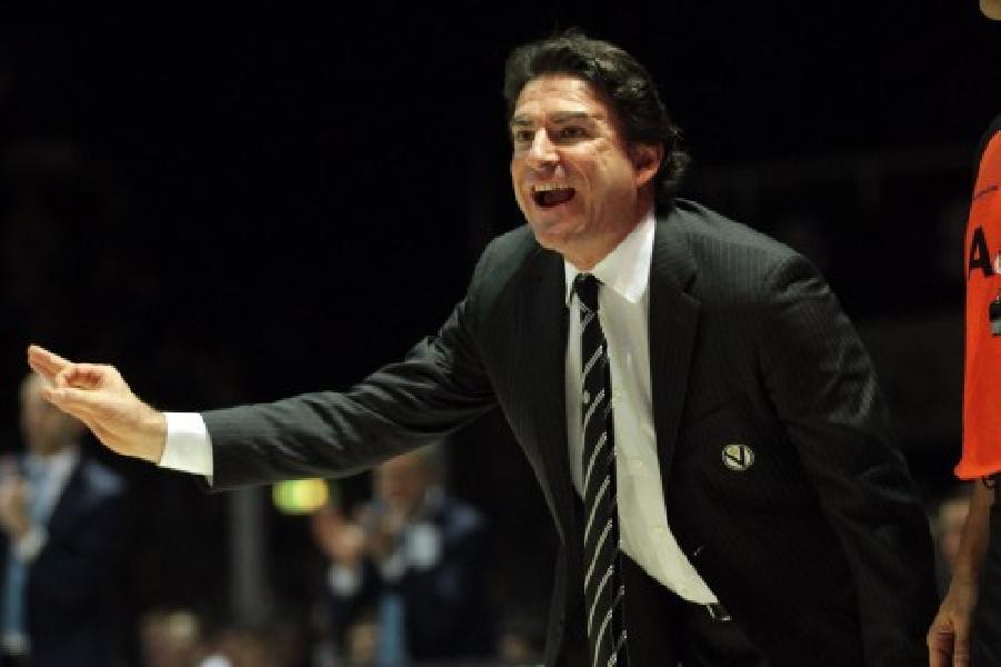 https://www.basketmarche.it/immagini_articoli/21-05-2020/givova-scafati-alex-finelli-probabile-allenatore-600.jpg