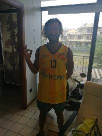 https://www.basketmarche.it/immagini_articoli/21-07-2018/d-regionale-stefano-meconi-è-un-nuovo-giocatore-del-basket-fermo-270.jpg