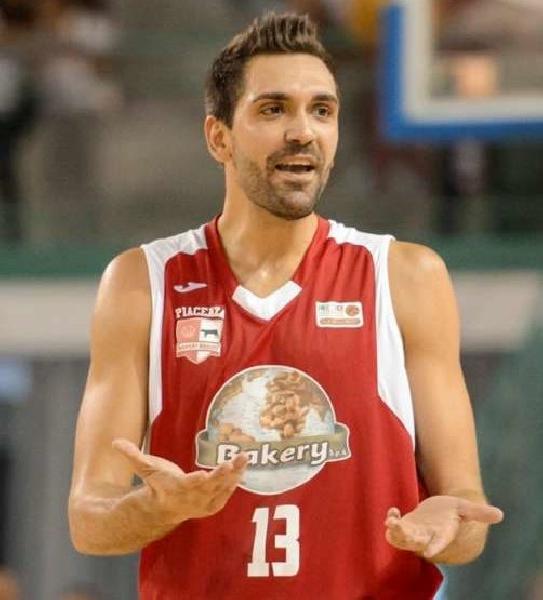 https://www.basketmarche.it/immagini_articoli/21-07-2019/aurora-jesi-riccardo-pederzini-sono-venuto-jesi-vincere-massimo-aurora-600.jpg