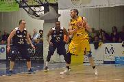 https://www.basketmarche.it/immagini_articoli/21-07-2019/basket-tolentino-firma-colpo-estate-ufficiale-arrivo-pivot-alessio-valentini-120.jpg
