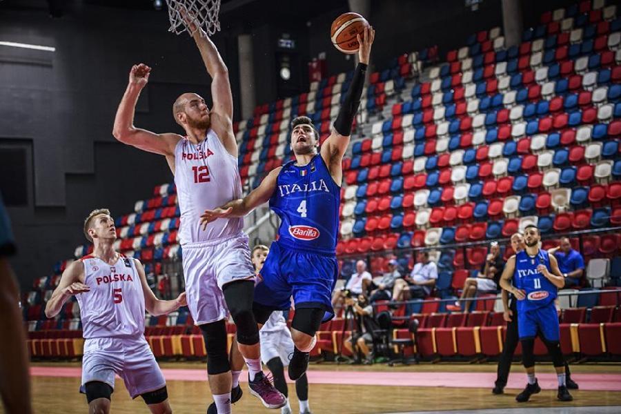 https://www.basketmarche.it/immagini_articoli/21-07-2019/europeo-under-italia-supera-polonia-rimane-division-600.jpg