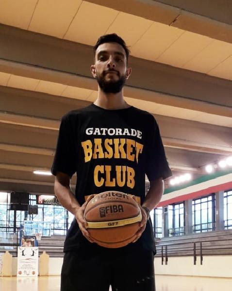 https://www.basketmarche.it/immagini_articoli/21-07-2019/ufficiale-francesco-olivieri-lascia-orvieto-basket-basket-club-fratta-umbertide-600.jpg