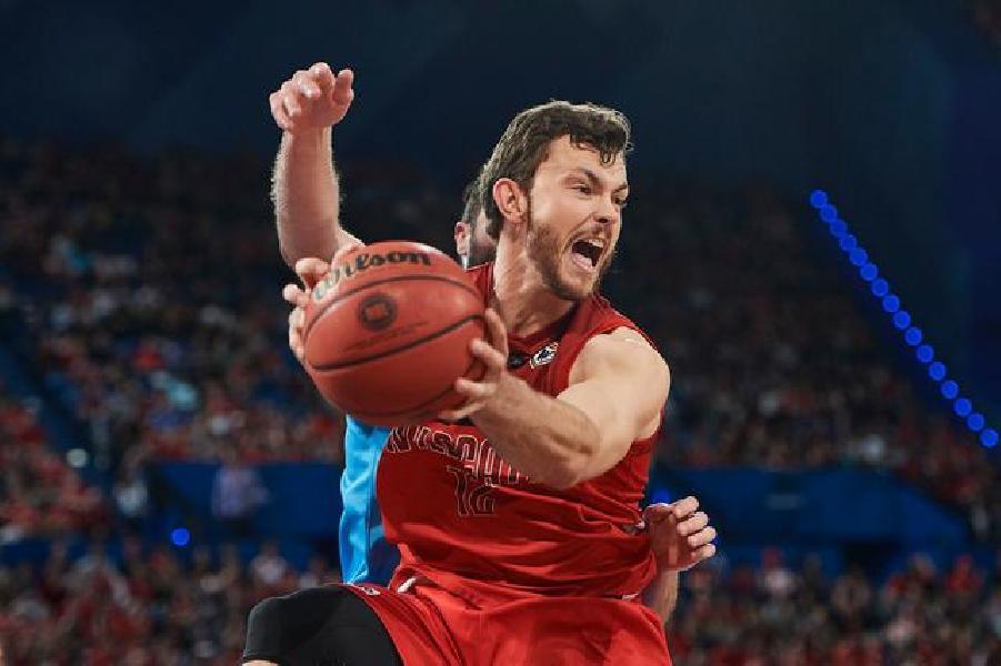 https://www.basketmarche.it/immagini_articoli/21-07-2019/ufficiale-pistoia-basket-parla-australiano-ingaggiato-centro-angus-brandt-600.jpg