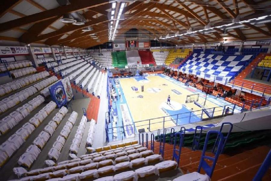 https://www.basketmarche.it/immagini_articoli/21-07-2021/happy-casa-brindisi-sono-1023-abbonamenti-rinnovati-termine-fase-prelazione-600.jpg