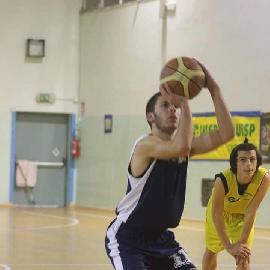 https://www.basketmarche.it/immagini_articoli/21-08-2017/d-regionale-matteo-ragni-è-il-primo-under-della-nuova-aesis-jesi-270.jpg