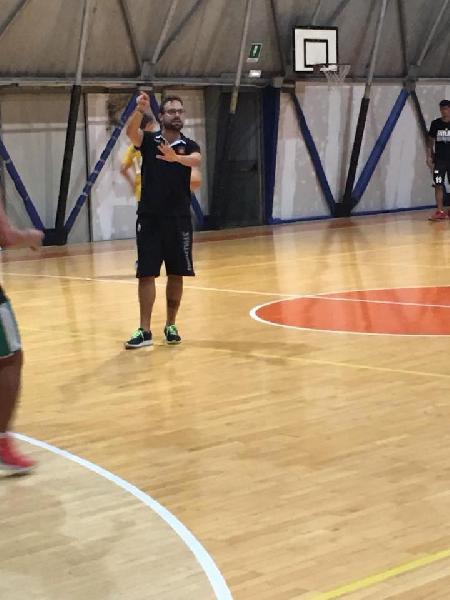 https://www.basketmarche.it/immagini_articoli/21-08-2018/serie-c-gold-ha-preso-il-via-la-nuova-stagione-della-robur-osimo-il-calendario-del-precampionato-600.jpg