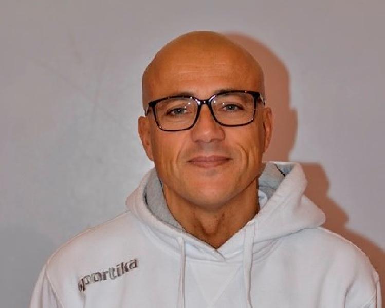 https://www.basketmarche.it/immagini_articoli/21-09-2018/giovanili-quattro-chiacchiere-sandro-castorina-responsabile-settore-giovanile-virtus-civitanova-picchio-civitanova-600.jpg