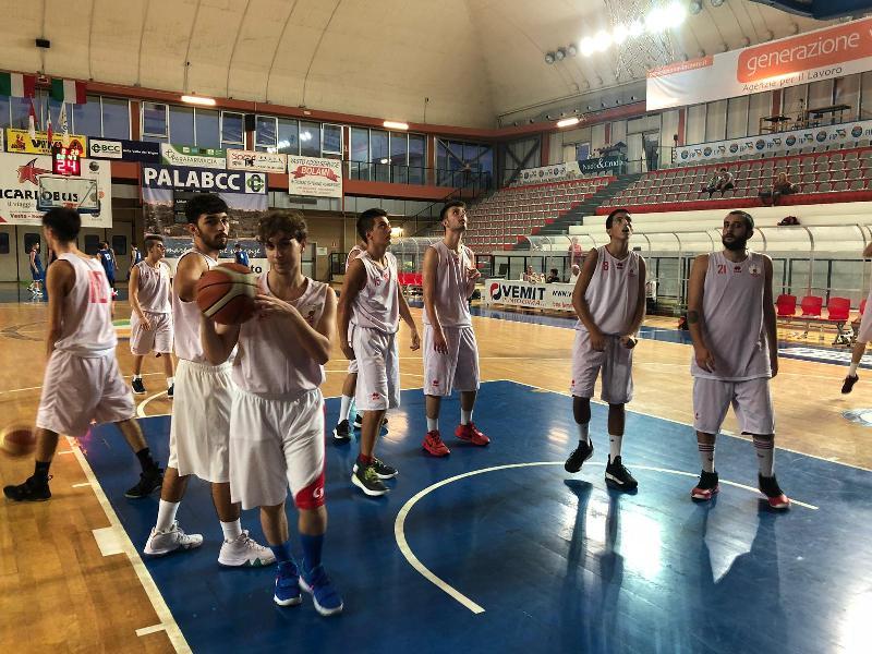 https://www.basketmarche.it/immagini_articoli/21-09-2018/serie-silver-chieti-basket-sconfitto-semifinale-isernia-basket-600.jpg
