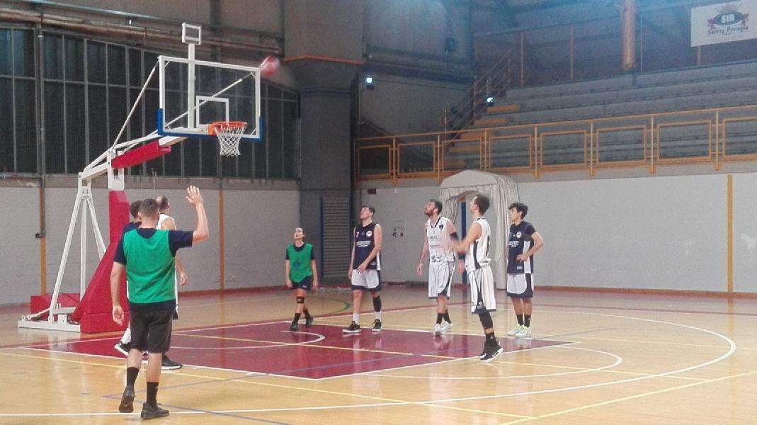 https://www.basketmarche.it/immagini_articoli/21-09-2019/virtus-assisi-chiude-precampionato-superando-basket-todi-600.jpg