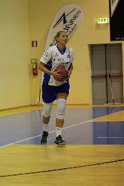 https://www.basketmarche.it/immagini_articoli/21-10-2017/serie-a2-femminile-kristina-ostojic-lascia-la-feba-civitanova-270.jpg