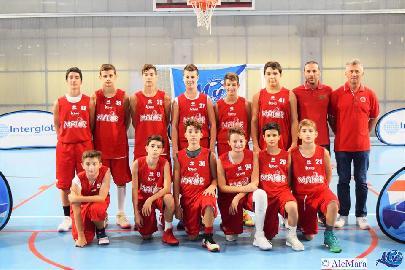 https://www.basketmarche.it/immagini_articoli/21-10-2017/under-14-elite-inizia-con-una-vittoria-esterna-il-cammino-della-pallacanestro-senigallia-270.jpg