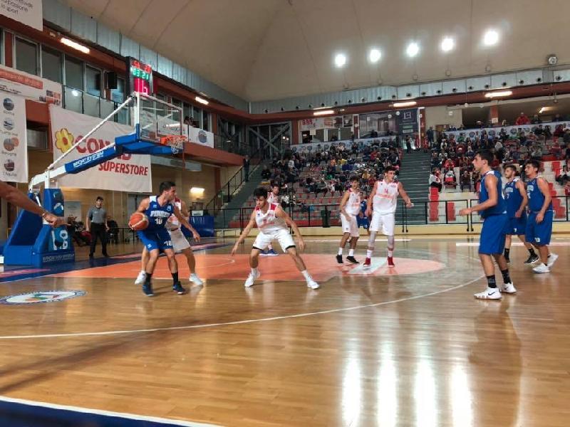 https://www.basketmarche.it/immagini_articoli/21-10-2018/vasto-basket-travolge-pineto-basket-rimane-imbattuta-600.jpg