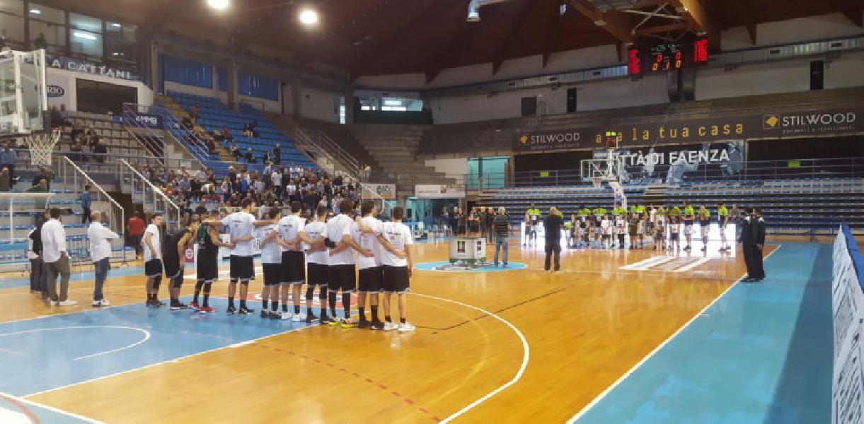 https://www.basketmarche.it/immagini_articoli/21-10-2019/niente-fare-campetto-ancona-faenza-arriva-quinta-sconfitta-consecutiva-600.jpg