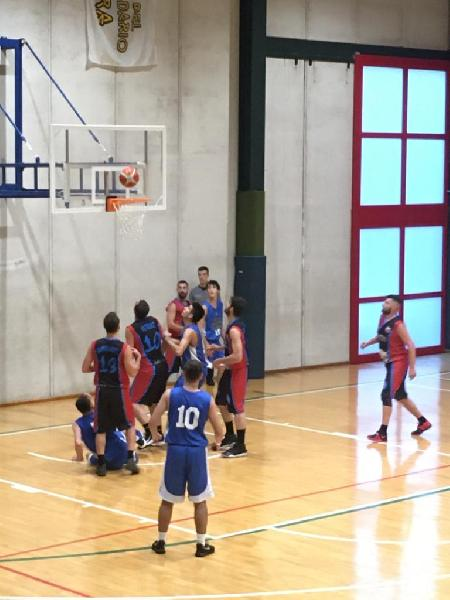 https://www.basketmarche.it/immagini_articoli/21-10-2019/pallacanestro-ellera-sblocca-supera-basket-contigliano-600.jpg