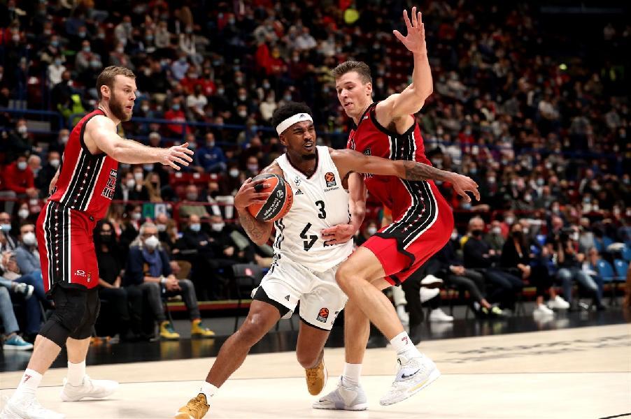 https://www.basketmarche.it/immagini_articoli/21-10-2021/euroleague-olimpia-milano-risale-supera-volata-villeurbanne-decide-tripla-hall-600.jpg