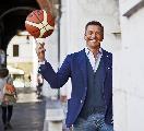 https://www.basketmarche.it/immagini_articoli/21-10-2021/paolo-vazzoler-atene-siamo-tornati-giocare-coralmente-partita-sarei-aspettata-sassari-120.jpg