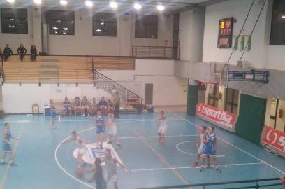 https://www.basketmarche.it/immagini_articoli/21-11-2017/serie-c-femminile-niente-da-fare-per-il-cus-ancona-contro-la-feba-civitanova-270.jpg