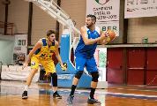 https://www.basketmarche.it/immagini_articoli/21-11-2019/giulianova-basket-inserisce-corsa-nicol-gatti-120.jpg
