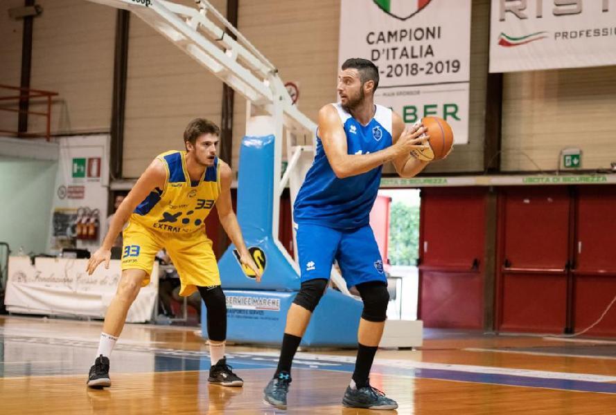 https://www.basketmarche.it/immagini_articoli/21-11-2019/giulianova-basket-inserisce-corsa-nicol-gatti-600.jpg