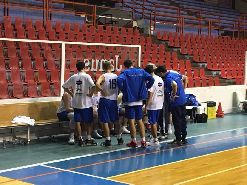https://www.basketmarche.it/immagini_articoli/21-11-2019/under-silver-vigor-matelica-passa-campo-basket-school-fabriano-600.jpg